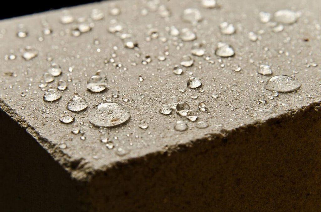 Покрытие бетона гидрофобизатором