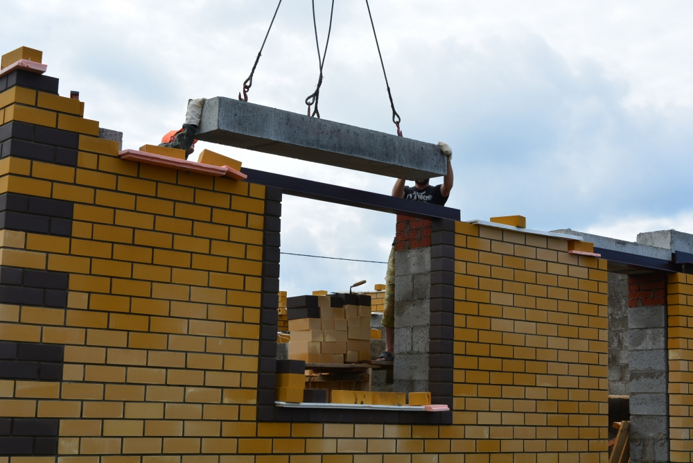 ЖБИ перемычки при строительстве дома